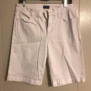 NYDJ Sz 10 White Denim Shorts
